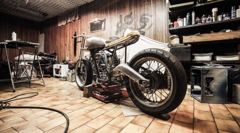 Trouver des accessoires de moto pour se déplacer